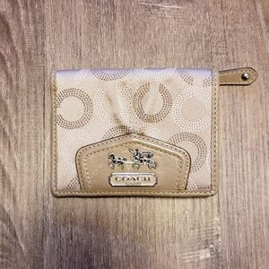 COACH MADISON BEIGE SIGNATURE SMALL WALLET
